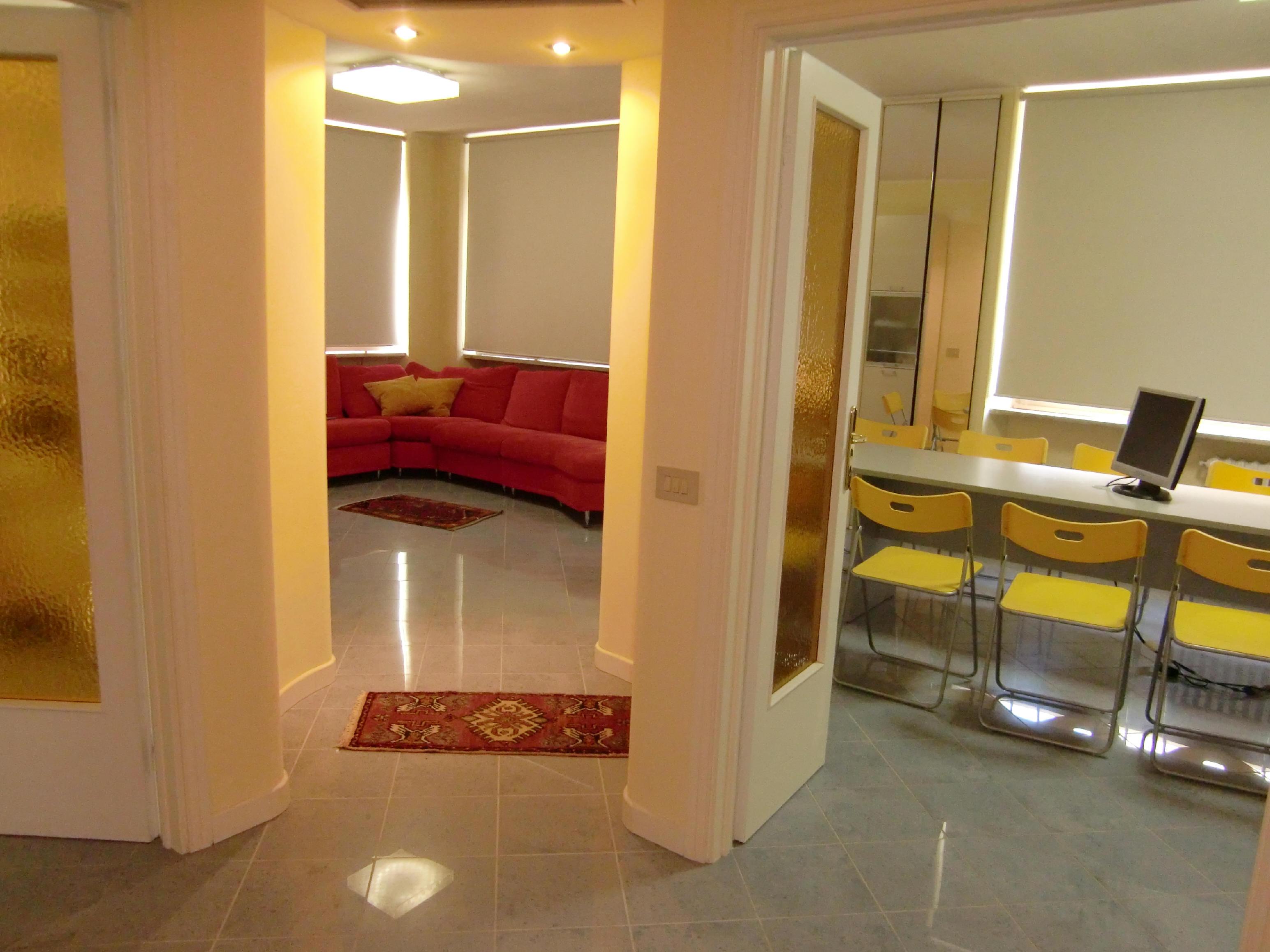 Ufficio temporaneo a cecina centro for Centro ufficio